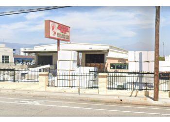 San Bernardino fencing contractor Superior Universal Vinyl LLC