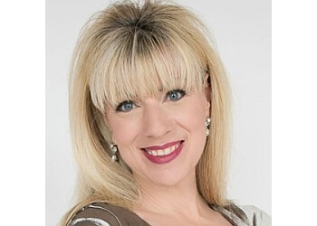 Milwaukee real estate agent Suzanne Powers