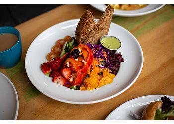 Oceanside american restaurant Swami's Cafe