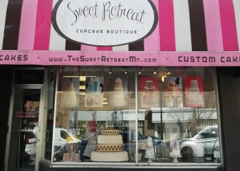 Minneapolis cake Sweet Retreat Cupcake Boutique