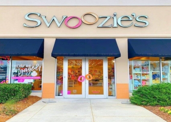 Atlanta gift shop Swoozie's