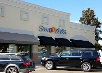 Dallas gift shop Swoozie's