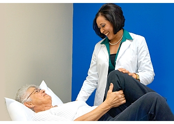 3 Best Physical Therapists in Milwaukee, WI - Expert ...