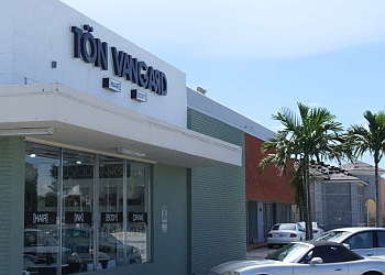 Fort Lauderdale hair salon Tön Vangard