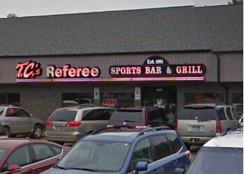 Sioux Falls sports bar T C's Referee Sports Bar