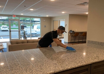 Springfield commercial cleaning service TH Commercial Cleaning