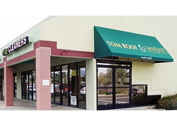 Tucson dry cleaner Tom Roof Cleaners
