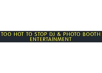 Albuquerque dj TOO HOT TO STOP DJ & PHOTO BOOTH ENTERTAINMENT