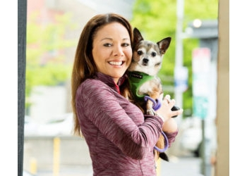 Philadelphia dog walker Top Tails Dog Walking & Pet Sitting