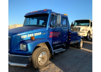 Palmdale towing company TOWME TOWING