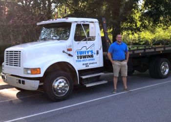 Columbus towing company TUFFY'S TOWING