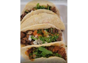 Topeka mexican restaurant Tacos El Sol
