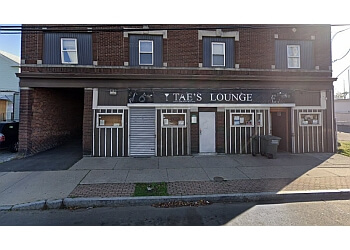 Bridgeport night club Taes Lounge