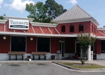 Savannah sports bar Tailgate Sports Bar & Grill