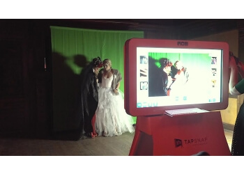 Fremont photo booth company TapSnap1122