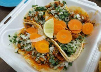 Oklahoma City food truck Taqueria El Dolar