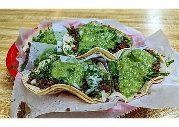 San Francisco mexican restaurant Taquerias El Farolito