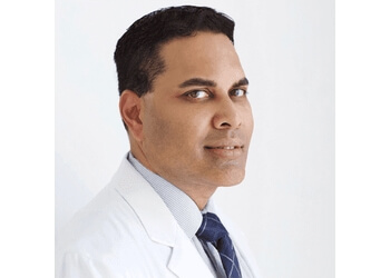 Pembroke Pines plastic surgeon Tarik Husain, MD, FACS