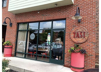 Columbus cafe Tasi