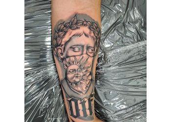 Miami tattoo shop Tatt 'Em Up Tattoos & Piercings