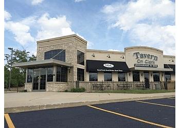 Rockford steak house Tavern On Clark