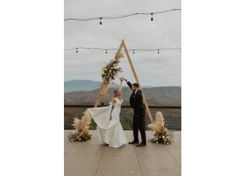 Knoxville wedding planner Team Wedding