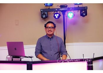 Long Beach dj Tempoe Entertainment DJ's