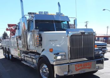 Bakersfield towing company TenWest Towing