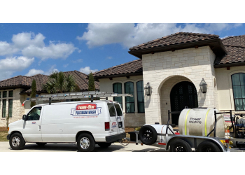 Arlington window cleaner Texas Star Window Cleaning & Power Washing