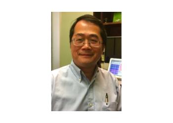 Costa Mesa neurologist Thanh Le, MD