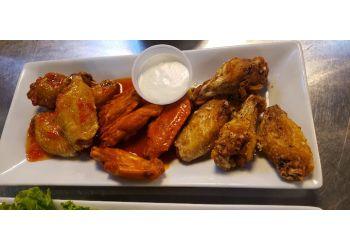 Visalia sports bar The 5th Quarter