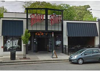 Memphis sports bar The Bluff