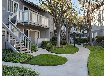 Costa Mesa apartments for rent The Cape at met pointe