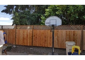 Eugene fencing contractor The Fence Doctor 541 LLC