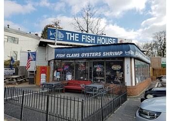 Louisville seafood restaurant The Fish House & Cafe Beignet