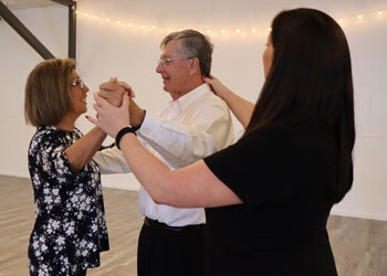 Fort Wayne dance school The Fort Wayne Ballroom Company