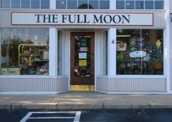 Little Rock gift shop The Full Moon
