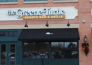 Hampton sports bar The Greene Turtle