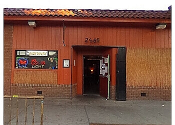 Sacramento sports bar The Hideaway Bar & Grill