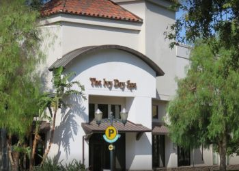 Santa Clarita spa The Ivy Day Spa