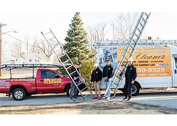 Philadelphia gutter cleaner The King Gutters