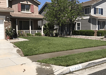 Moreno Valley lawn care service The Lawn Geeks