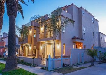 Huntington Beach residential architect The Louie Group