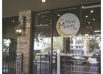 Augusta cafe The New Moon Cafe