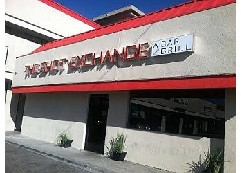 Santa Clarita sports bar The Shot Exchange bar & grill