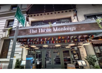 New York sports bar The Three Monkeys Bar