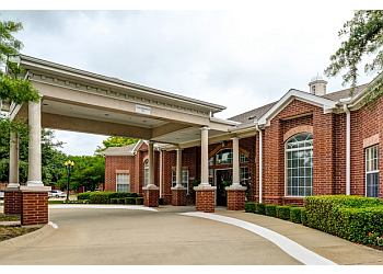 Plano assisted living facility The Waterford at Plano