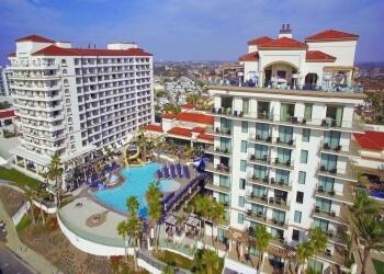 Huntington Beach hotel The Waterfront Beach Resort