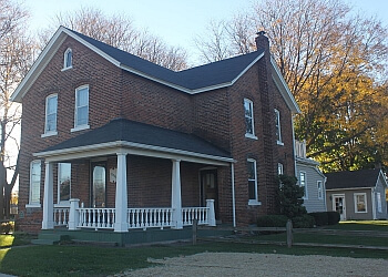 Warren landmark Theisen House