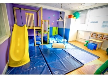 Miami occupational therapist Thinkering Kids Therapy